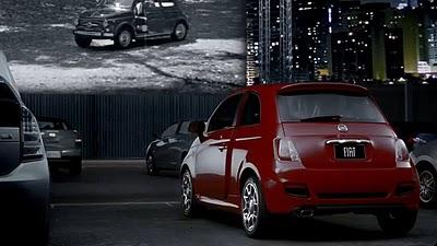 Fiat500USA-Fiat_500_Drive_in